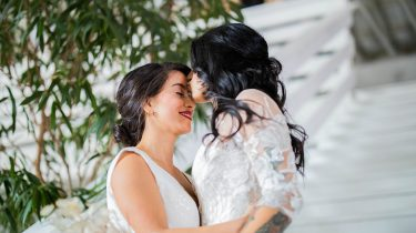 Stel dat gaat trouwen en hun trouwgeloften uitspreekt