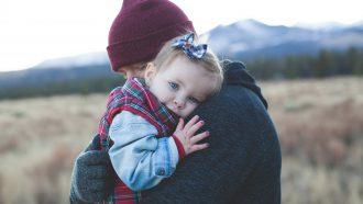 vader dochter in de bergen