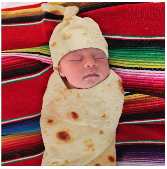 Baby in burrito inbakerdoek